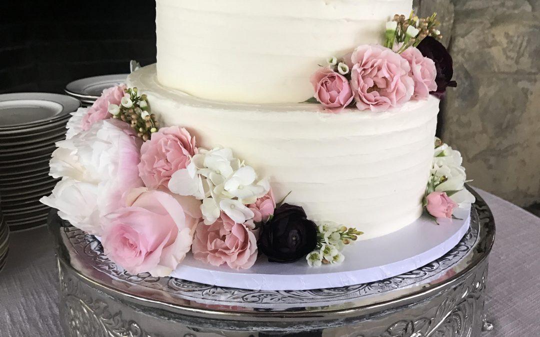 5 Honest Tips From A Baker On Choosing A Wedding Cake
